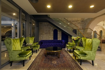 Hotel - The Sephardic House