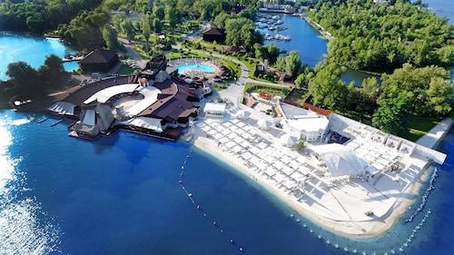 __{offers.Best_flights}__ Bartolomeo Best River Resort