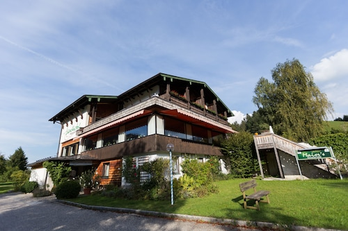 . Landhotel Maiergschwendt by DEVA