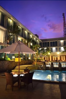 Hotel - Emersia Hotel & Resort