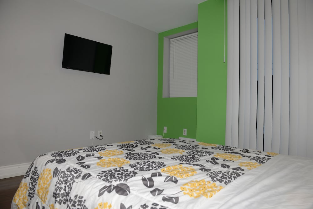 Shared Dormitory, 4 Person Mixed Dorm (1 Bed per Reservation)