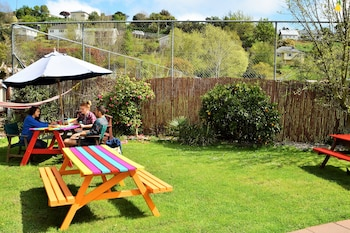 The Bug Backpackers - Hostel - BBQ/Picnic Area  - #0