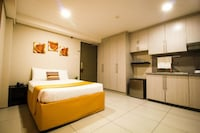 Jade Hotel and Suites Makati