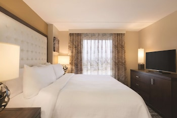2 Room Premium Suite, 1 King Bed