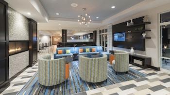 Holiday Inn Indianapolis Airport photo