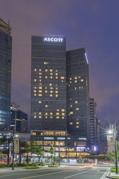 Ascott BGC Hotel Front - Evening/Night