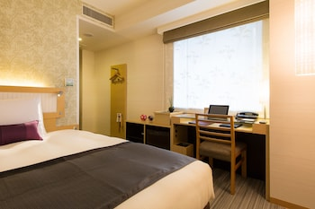 エコノミー ダブルルーム (1 名様利用) 1 ベッドルーム レイトチェックイン(19:00~) ホテルリソルトリニティ金沢
