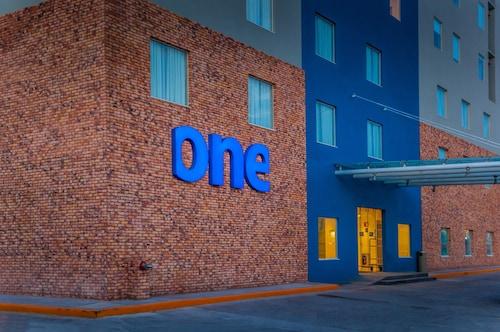 . One Monclova Hotel