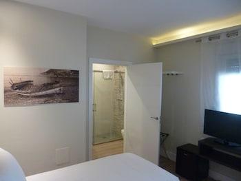 Family Quadruple Room, 2 Bedrooms, Patio (Deluxe)