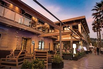 Hotel - La Caleta Bay