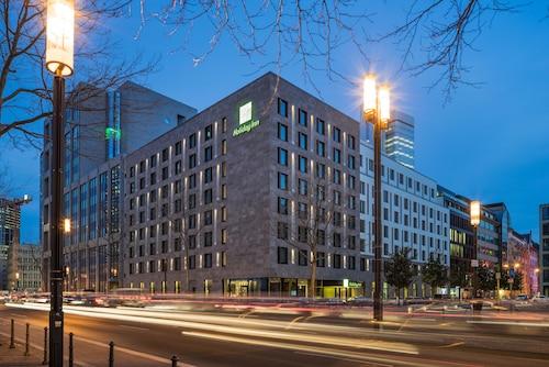 . Holiday Inn Frankfurt - Alte Oper, an IHG Hotel