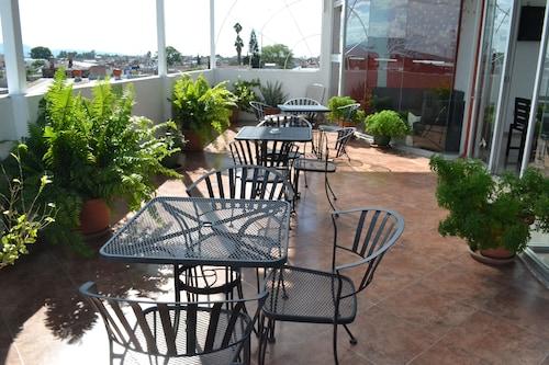 Hotel Cano, Celaya