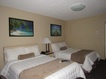 No View Room Two Double Beds