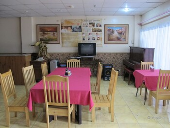Lylie Hotel Cebu Restaurant