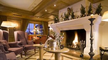 提洛霍夫飯店