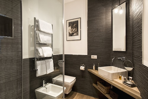 The Independent Suites, Roma