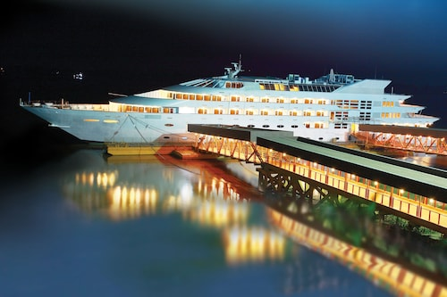 Vintage Luxury Yacht Hotel, Yangon-W