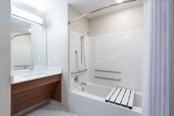Microtel Inn & Suites By Wyndham Windham - Guestroom  - #0
