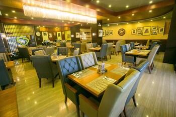 Venus Parkview Hotel Baguio Restaurant