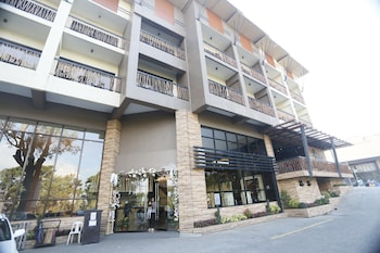 Venus Parkview Hotel Baguio Front of Property