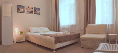 Agios-Hotel, Central