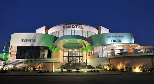 . Hotel Nohotel Premium Americana