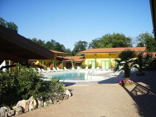 . Hotel Ristorante La Perla