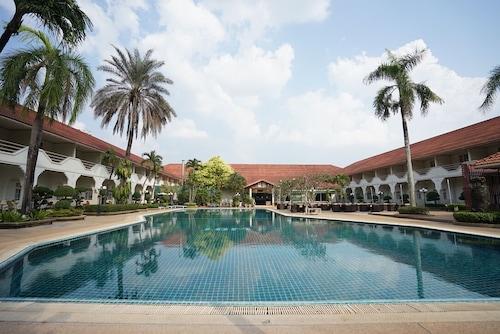 . Indochina Hotel