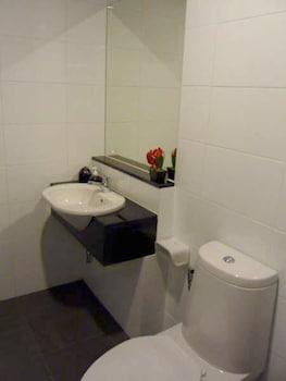The Atrium Ratchada 13 - Bathroom  - #0