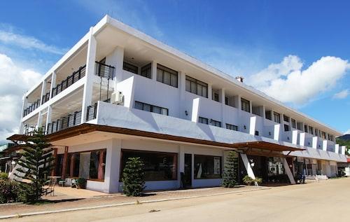 . Coron Gateway Hotel & Suites