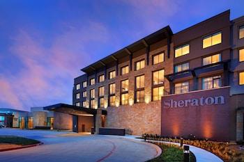 Hotel - Sheraton McKinney Hotel