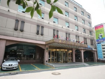 . Suncheon Royal Tourist Hotel