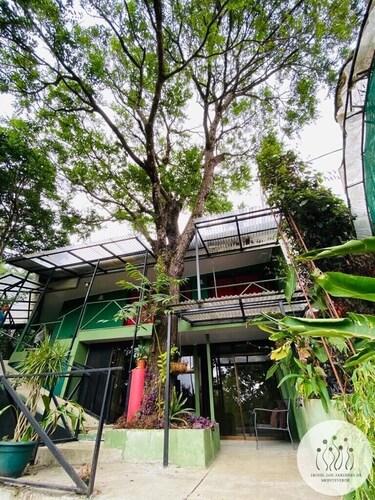 . Hotel Jardines de Monteverde