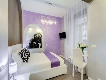 Classic Double Room, Balcony, Courtyard View
