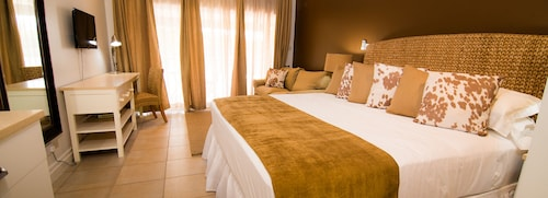 Blue Lagoon Hotel & Marina,