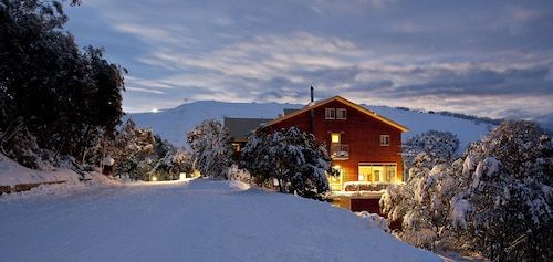 Summit Ridge Alpine Lodge, Falls Creek Alpine Resort