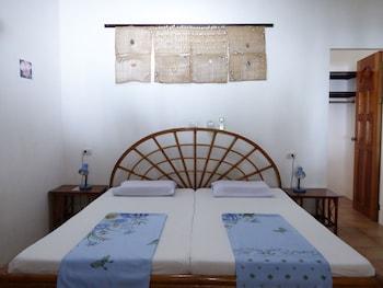 Marcosas Cottage Resort Cebu Room