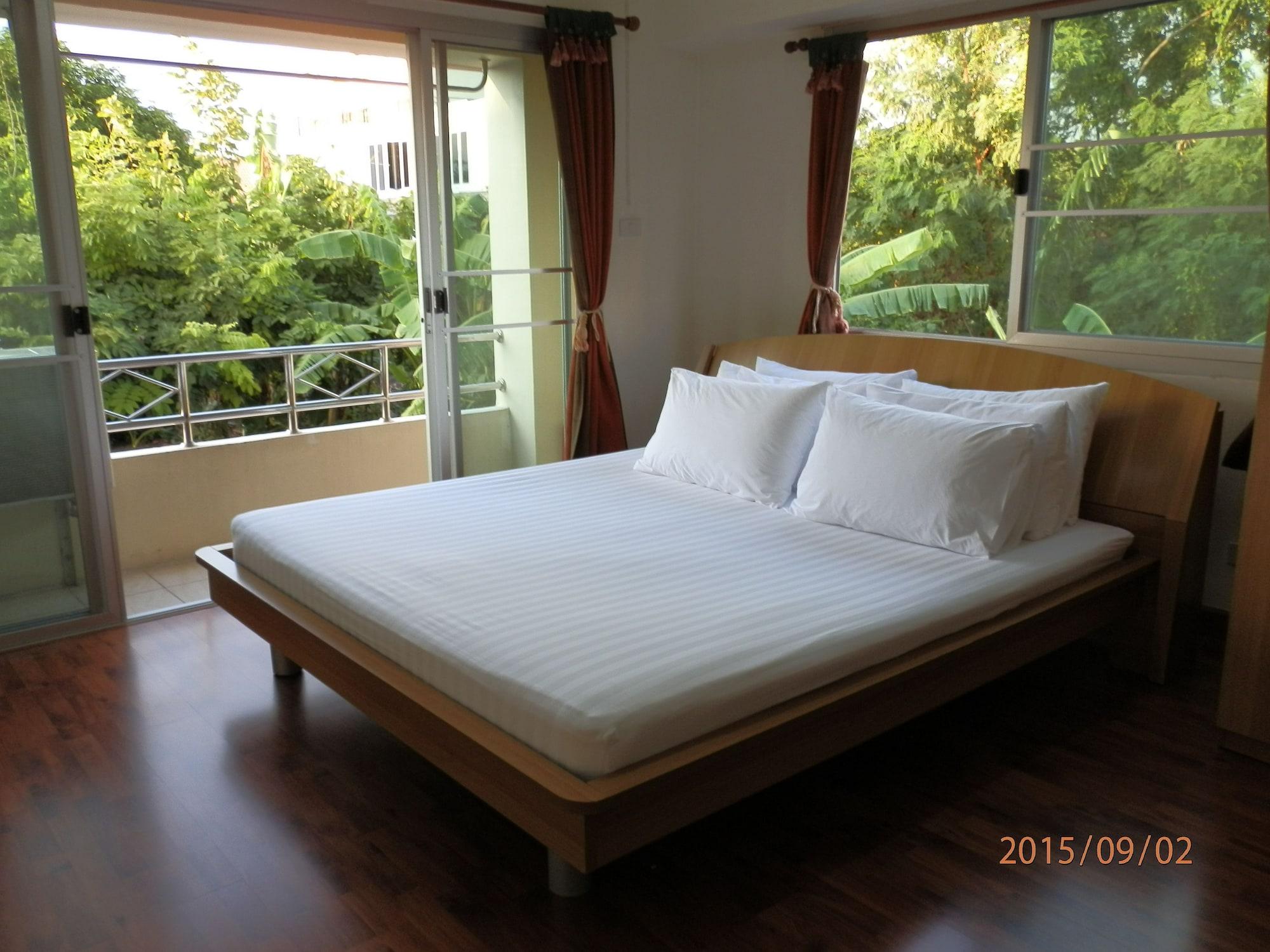 Sandy Serviced Apartment, Lak Si