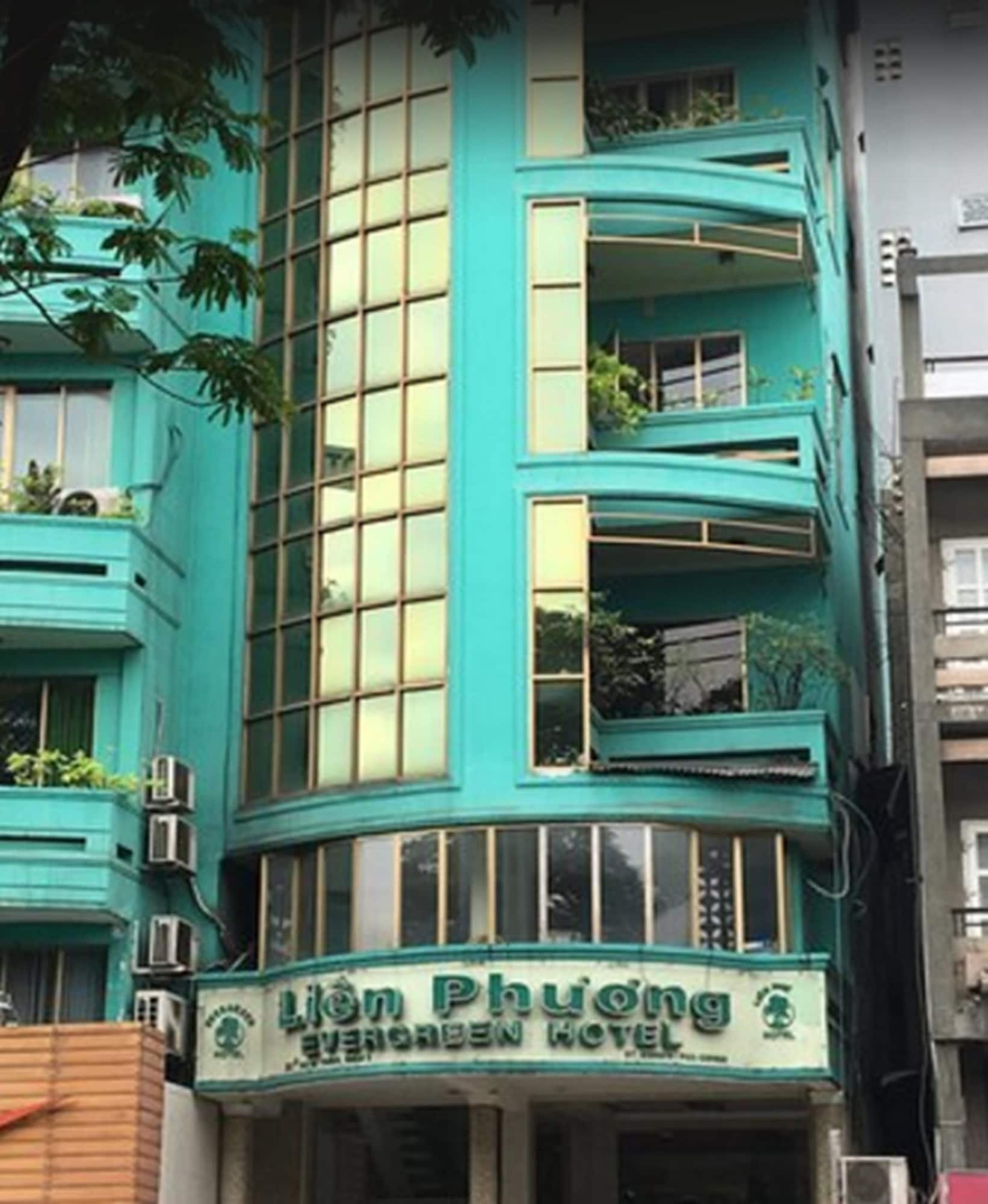 Evergreen Hotel, Quận 1