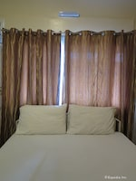 Tr3Ats Guest House Bohol