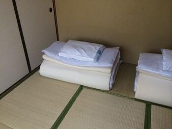 和室 共有バスルーム(2~3名様ご利用) 10㎡ 春日旅館