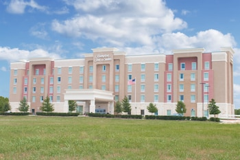 Hotel - Hampton Inn & Suites Dallas/Frisco North-FieldhouseUSA