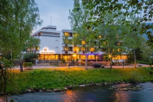 . Kronen Hotel