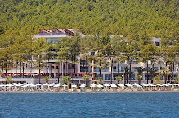 Orka Lotus Beach Hotel