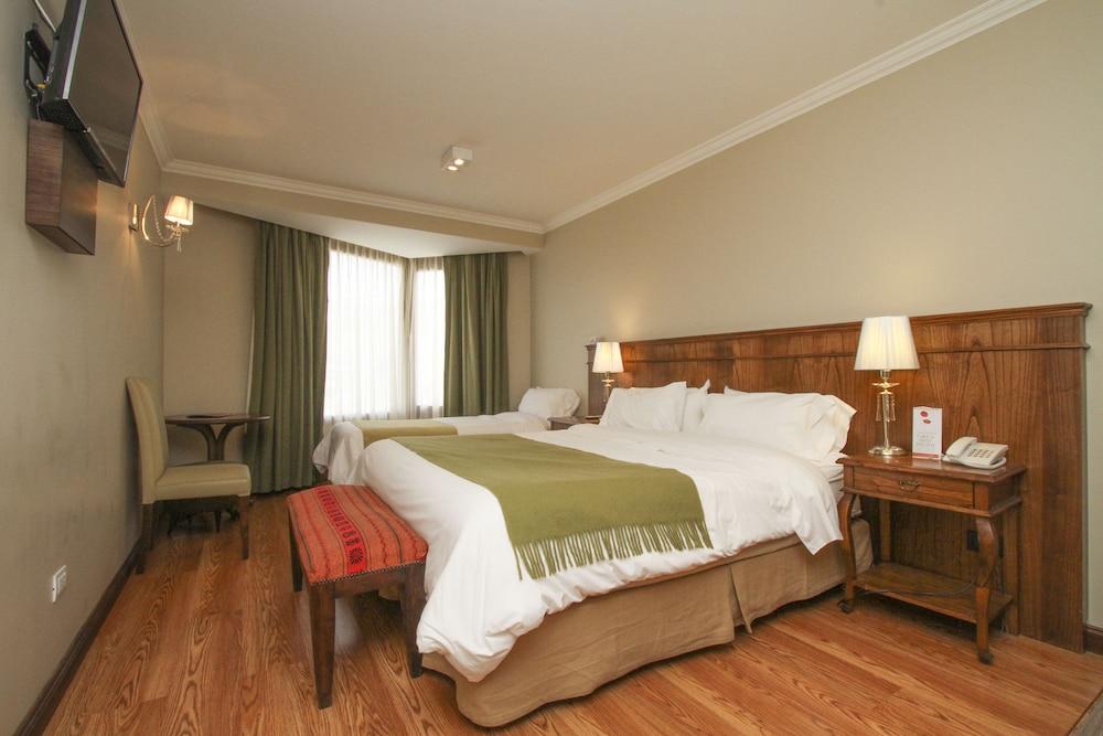 https://i.travelapi.com/hotels/10000000/9420000/9414700/9414639/e268ce89_z.jpg
