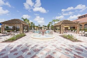 Bella Vida by Orlando Fun Rentals - Outdoor Pool  - #0