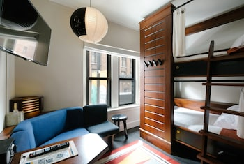 Premium Private Quadruple Room, 4 Twin Beds