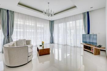 Deluxe Three Bedrooms Suite 190 Sq.m