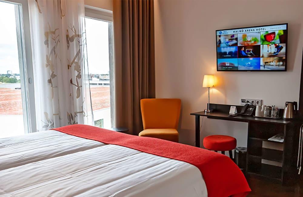 https://i.travelapi.com/hotels/10000000/9430000/9423600/9423588/35b6bfc0_z.jpg