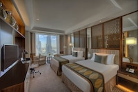 Club Room, 1 Twin Bed, Business Lounge Access, View (Taj, Burj View)